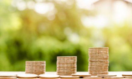 Pourquoi et comment simuler son rachat de crédit en ligne