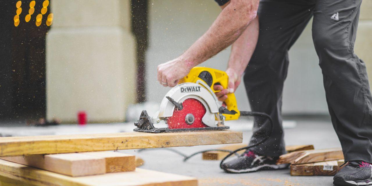 Pourquoi est-ce important de vérifier si son constructeur dispose d'une assurance décennale?